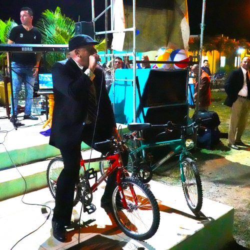 bike-fridge-lady3